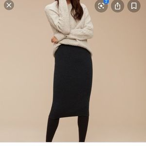 **ARITZIA** Babaton pencil skirt